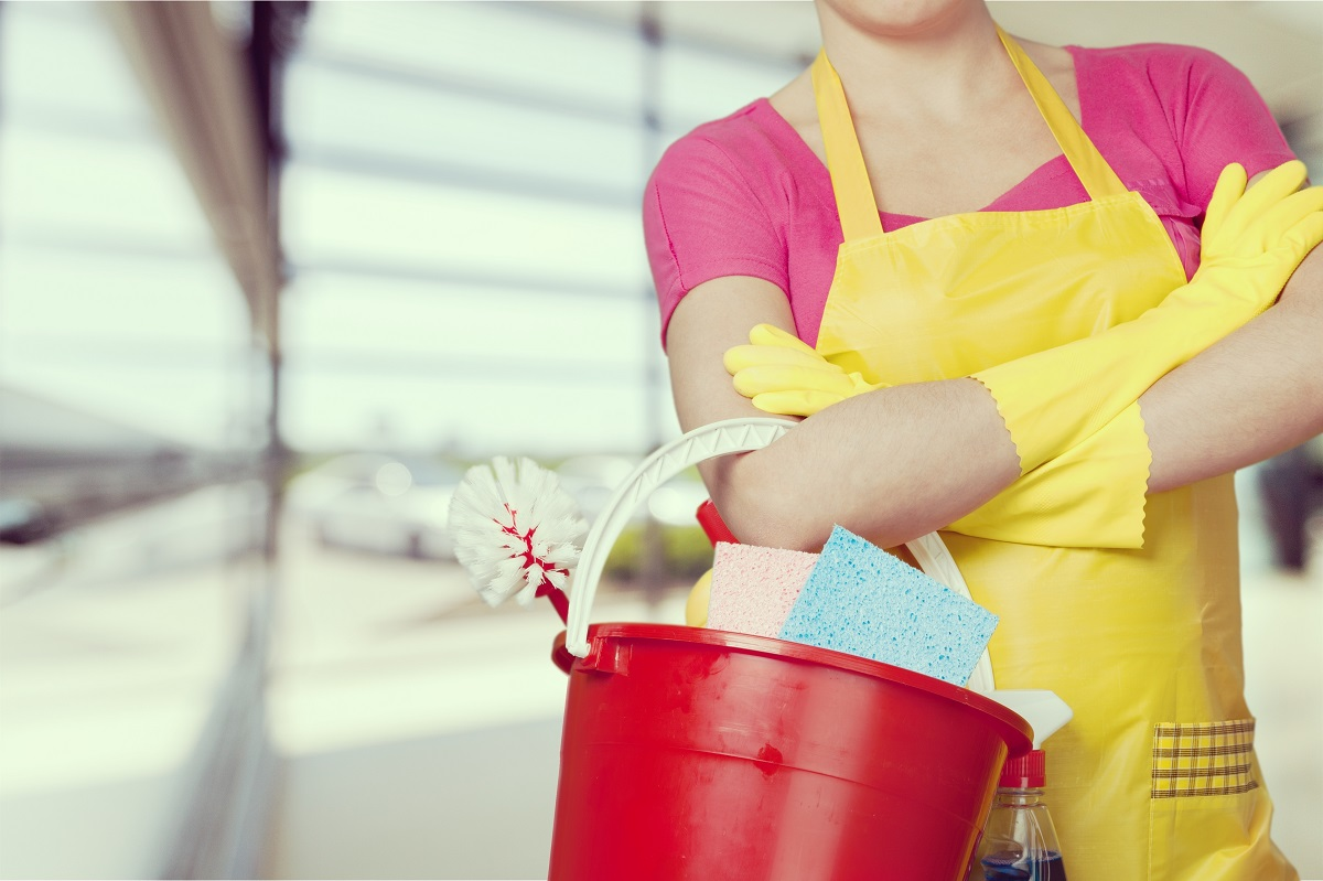 Roswell HVAC Repair Services - cleaning bucket